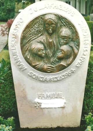 Grabstein der Besinnlichkeit aus Bronze und Marmor von Enzo Arduini